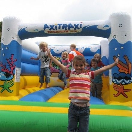 catering-partyverhuur Axitraxi Fun - Games - Events attracties, partyverhuur en ballondecoratie
