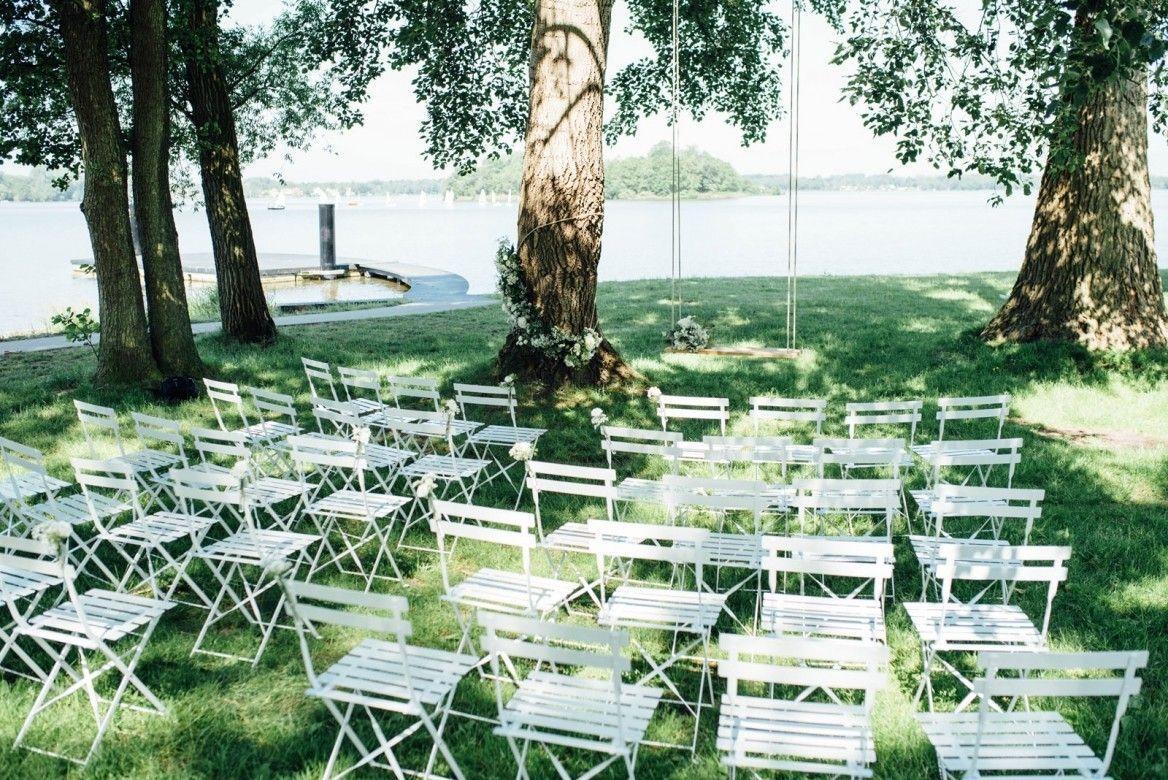 Styled shoot van een buiten bruiloft - Prieel buiten ...
